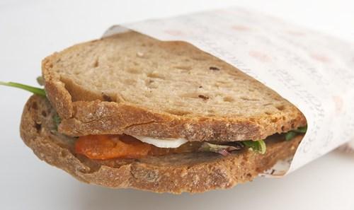 כריך לחם פרוס